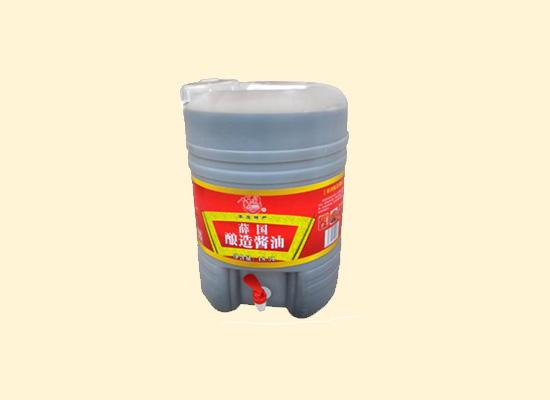 薛国酿造酱油酱香味浓郁,食物增鲜提色全靠它!