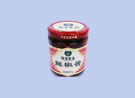 侯家豆酱利用天然发酵法,制作出天然纯正酱料!