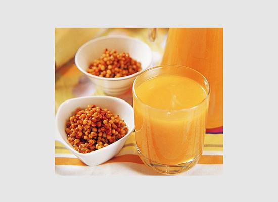 野山果饮品以纯天然野生沙棘为原料,打造优质沙棘汁饮品