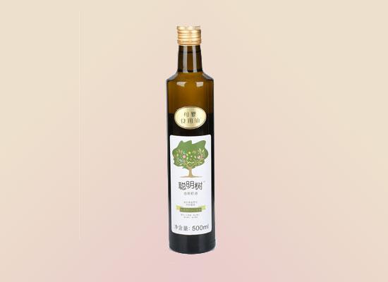 聪明树母婴食用油蕴含丰富的营养元素,促进婴幼儿身体的生长发育