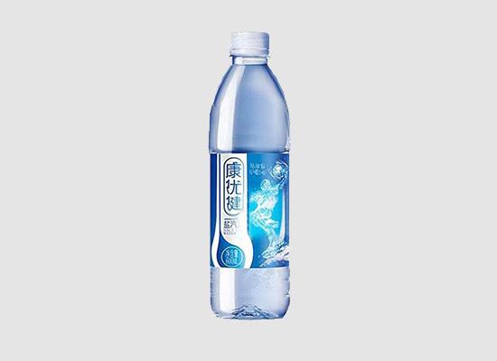 想追求嘴巴上的刺激感觉?让康优健盐汽水来满足你!