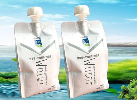 袋装水的好处有哪些?景致山泉袋装水开启你饮水新高度!