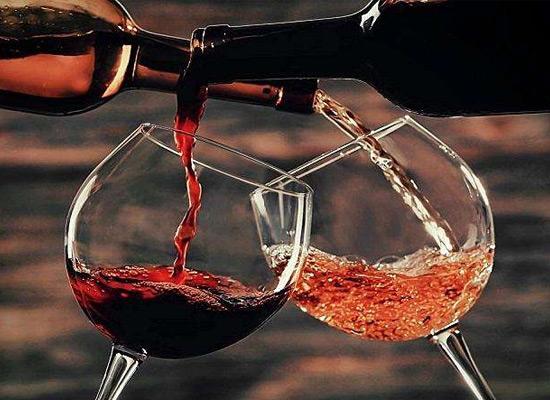 鑫魁酒业提醒您:给忙碌的生活来一杯红酒!