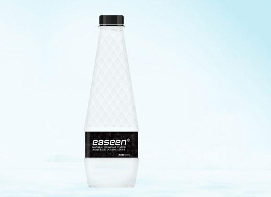 """助力""""工小美""""——易臣饮品个性定制饮用水"""