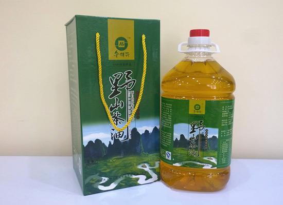 金桂元山茶油做您放心食用的健康茶油!