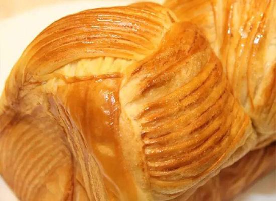 手撕面包大势之下,下一个烘培爆品是什么?