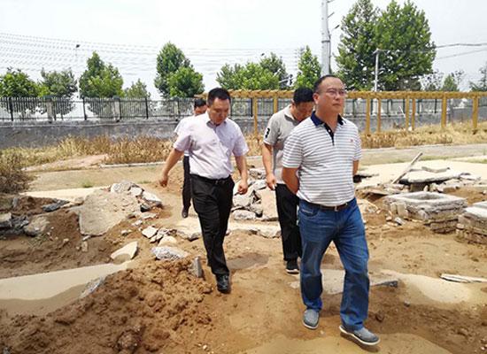 延津县副县长于志杰到访千百知饮品有限公司指导工作