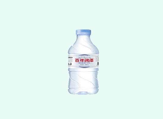 回顾2017瓶装水市场,矿泉水成主导地位