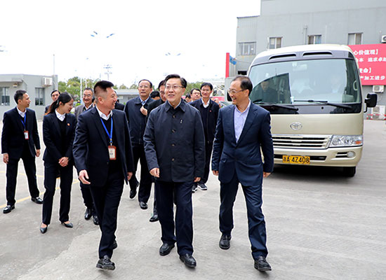 全国人大常委会副委员长、全国总工会主席王东明点赞香海食品产业链工会新举措