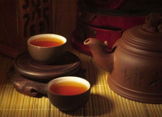 名士多茶业告诉您红茶绿茶的区别