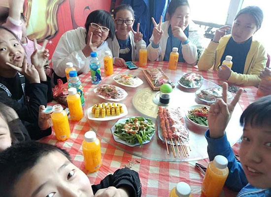 上海喔能食品布局餐饮渠道,打造市场爆款饮品