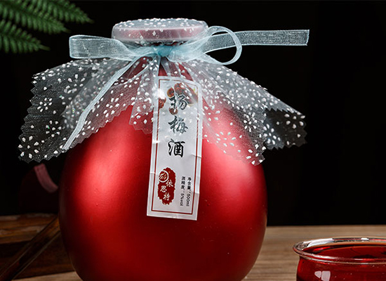 依思特楊梅酒,經典味道時尚美味,滿足消費者的心