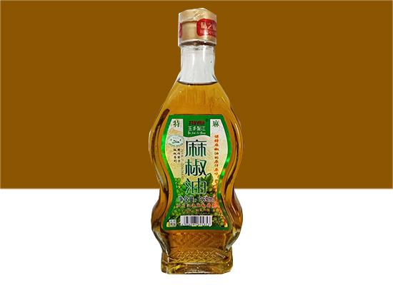 新泰红麻辣油,给你又麻又辣的舌尖体验