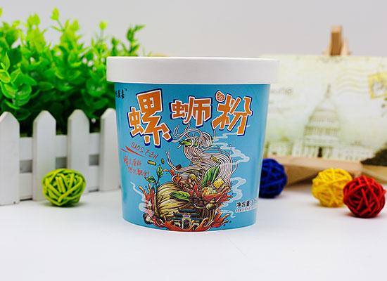 相味益嘉螺蛳粉,一杯水就能吃的方便型桶装螺蛳粉