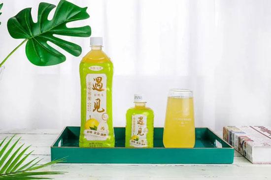 享健康、悦生活;健康每一天、北京宏瑞轩;健康饮品全家福!