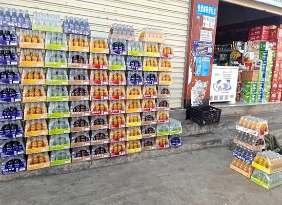 品世果汁饮料市场动销快,各地代理经销商铺货忙!燃爆终端!